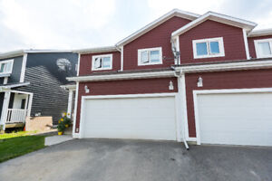 NEW LISTING! 79-58 Falcon Drive - REALTOR® Felix Robitaille