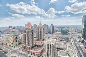 1 + 1 bed, 2 bath with breathtaking view on 32nd floor
