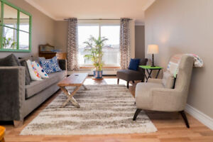 Beautiful 2 bedroom, water view condo for rent downtown Barrie.