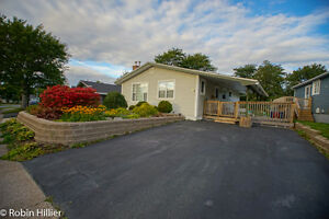 Beautiful Detached Bungalow, 2 driveways, Near all Amenities St. John's Newfoundland image 1