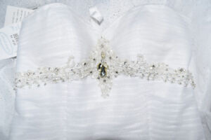 Alfred Angelo Princess Ballgown - Wedding Dress - NWT
