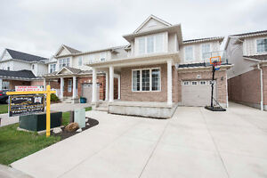 IMMACULATE MATTAMY BUILT HOME FOR SALE IN CAMBRIDGE 599,000