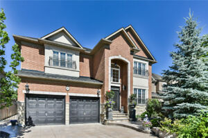 4 Bedroom Detached House-4 Crowling Crt,Richmond Hill