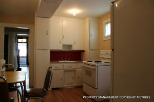 5 to 7 room 2.5 story house Balmoral Cumberland Sargent Langside