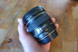 Canon EF 20mm 2.8