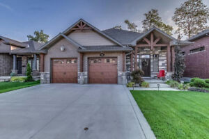 Gorgeous Family Home in Saxonville Estates!