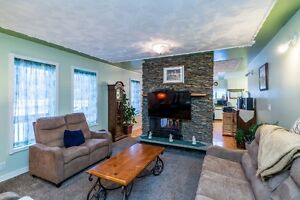 Lovely Family Home in Desirable Charella Gardens REDUCED!!!!! Prince George British Columbia image 2
