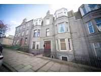 1 bedroom flat in Caledonian Place, Ferryhill, Aberdeen, AB11 6TR