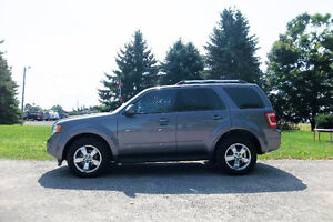 2009 Ford Escape 4x4 Crossover- Limited Edition.  ONLY $9950!!