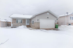 MLS #1020664 - 2040 Sandstone Crescent