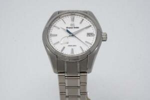 pre-owned Grand Seiko sbga211 srping drive still under warranty very good conditon full kit sbga211g made in japan