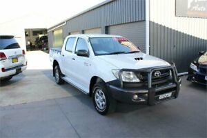 2011 Toyota Hilux KUN26R MY11 Upgrade SR (4x4) White 5 Speed Manual Dual Cab Pick-up Mitchell Gungahlin Area Preview