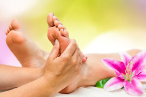 Foot Reflexology in Youngshape Spa!