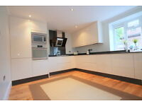 Newly Refurbished 5 bedroom maisonette with PRIVATE GARDEN in Tufnell Park