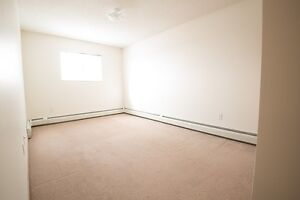 2 Bedroom with Insuite Laundry, Dishwasher & Balcony! $1169.00