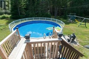 Large 4 bedroom Ranch in Willow Grove Subdivision with Pool
