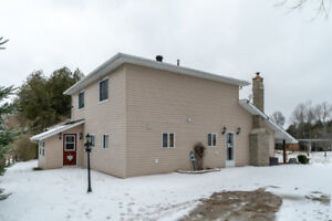 Totally Renovated 2 Storey Family Home!!