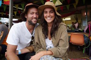 1 BEDROOM: AUSTRALIAN COUPLE