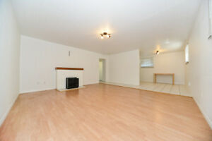 REDUCED - Utils INCLUDED: 1 Bdrm, 1 Bath by Downtown/NAIT