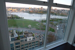 2 Br/1Ba Yaletown Sub-penthouse with Water View