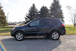 2010 Hyundai Santa Fe Sport- Leather & Sunroof!! ONLY $10 950