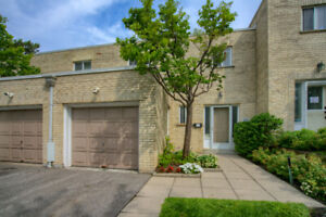 Beautiful 3 bedroom Town house at York Mills/Bayview for Rent