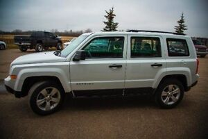 2011 Jeep Patriot North Edition, 4wd, LOW payments avail.