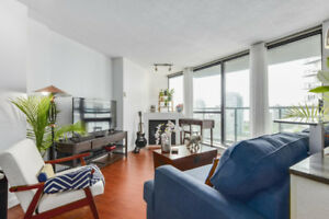 Furnished 1 Bedrm Yaletown Condo Available Oct 15/17 or Nov 1/17