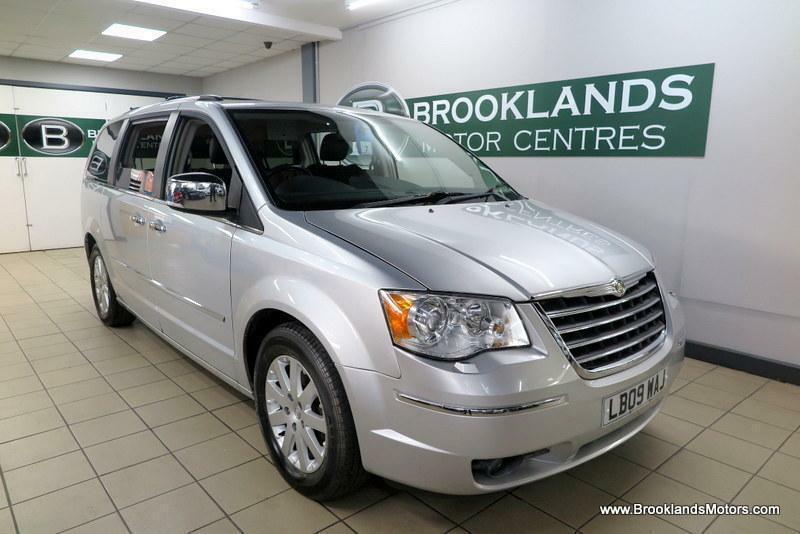 Chrysler Voyager 2 8 Crd Grand Limited Auto 5x Services Sat Nav