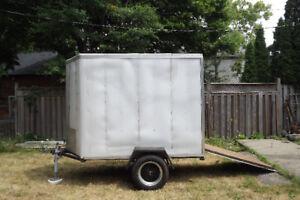 V-Nose motorcycle/utility trailer