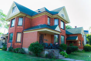 EXCELLENT INVESTMENT OPPORTUNITY- 4 Plex