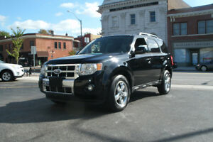 2010 Ford Escape LIMITED LOADED! ONLY 89,000 KMS!!!