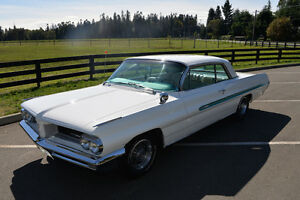 1962 Pontiac Grand Prix      ** CAR SHOW READY ** Campbell River Comox Valley Area image 1