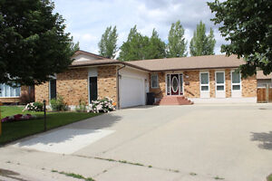 Huge Bungalow on 1/4 Acre lot with Dbl Att and 24'x30' Shop!