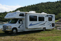 REDUCED 2011 FOUR WINDS 31K