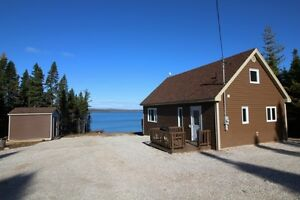 Waterfront Cabin on Sandy Lake in Howley !