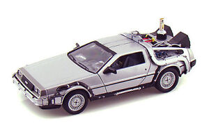 MINI CAR COLLECTIBLES - Welly Back To The Future II Time Machine