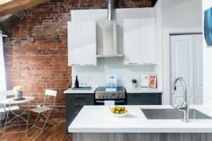 1st month FREE! 1 bdrm in downtown Hamilton $1490+hydro