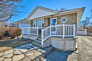 Beautiful Bungalow in Downtown Whitby
