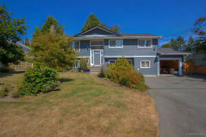 1915 Winslow Ave, Coquitlam 5 bdrm/3 bath home