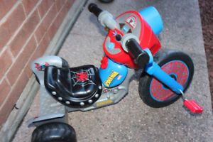 AMAZING SPIDERMAN TRICYCLE WITH LIGHTS AND SOUNDS AGE 2-4