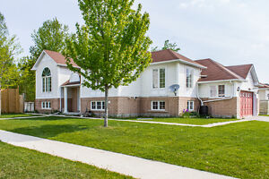 OPEN HOUSE! 215 Forest Cres. - Sat. and Sun. July 30th & 31st