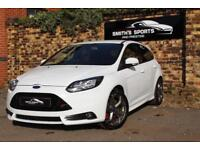 Ford Focus 2.0T ( 250ps ) 2014MY ST2