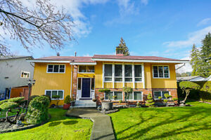 Lovely Family house 5 Bed 3 Bath in picturesque Lynn Valley