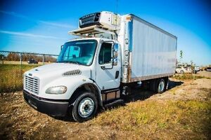 2007 Freightliner X - Diesel with Refer Cold & Heat