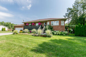 New Listing! Beautiful 4 bdrm country home in New Lowell!