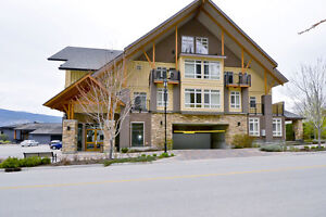 FOR SALE: 633-634 12811 Lakeshore Drive, S Summerland, V0H 1Z1