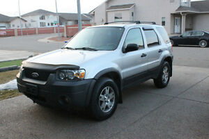 2005 Ford Escape XLT SUV - LOW KMS! REMOTE STARTER!