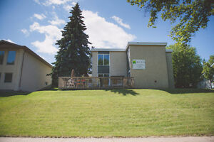 14 Unit Apart to Live, Rent & Pay off the mortgage Prince Albert