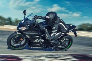 2017 Kawasaki Ninja 300 Winter Test Edition